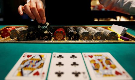 The Absolute Best Poker Sites In The UK - Bonuses And Also Testimonials